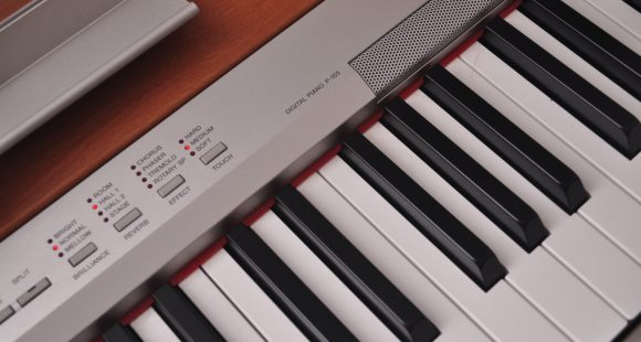 MIDI piano keyboard